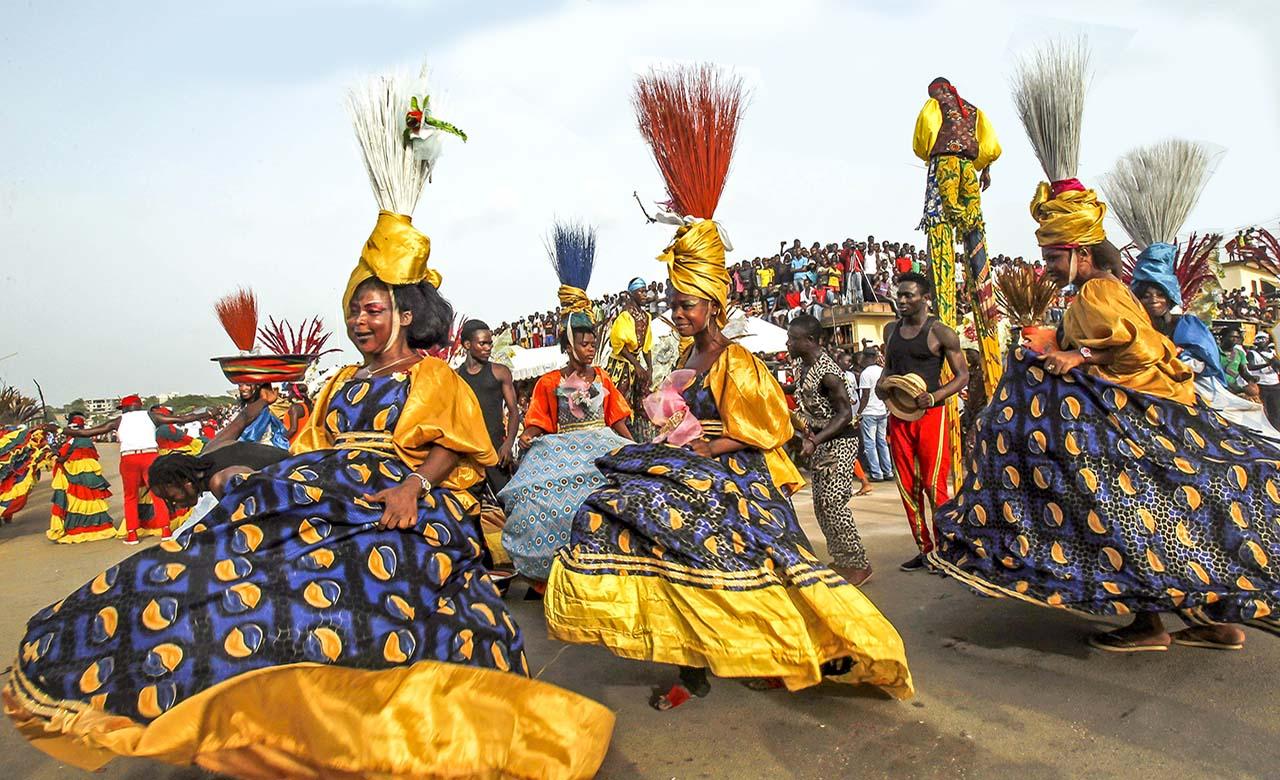 Popo carnaval de Bonoua