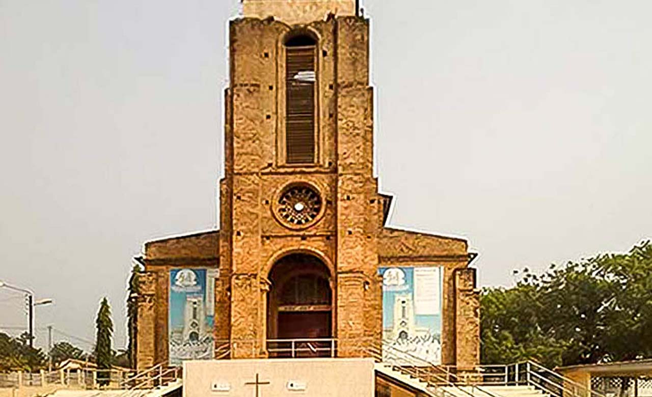 cathédrale-Sainte-Thérèse