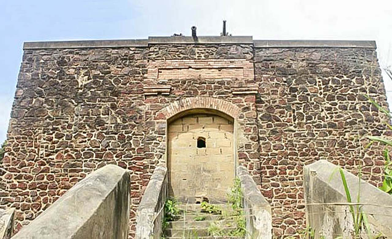 Le fort de Dabou